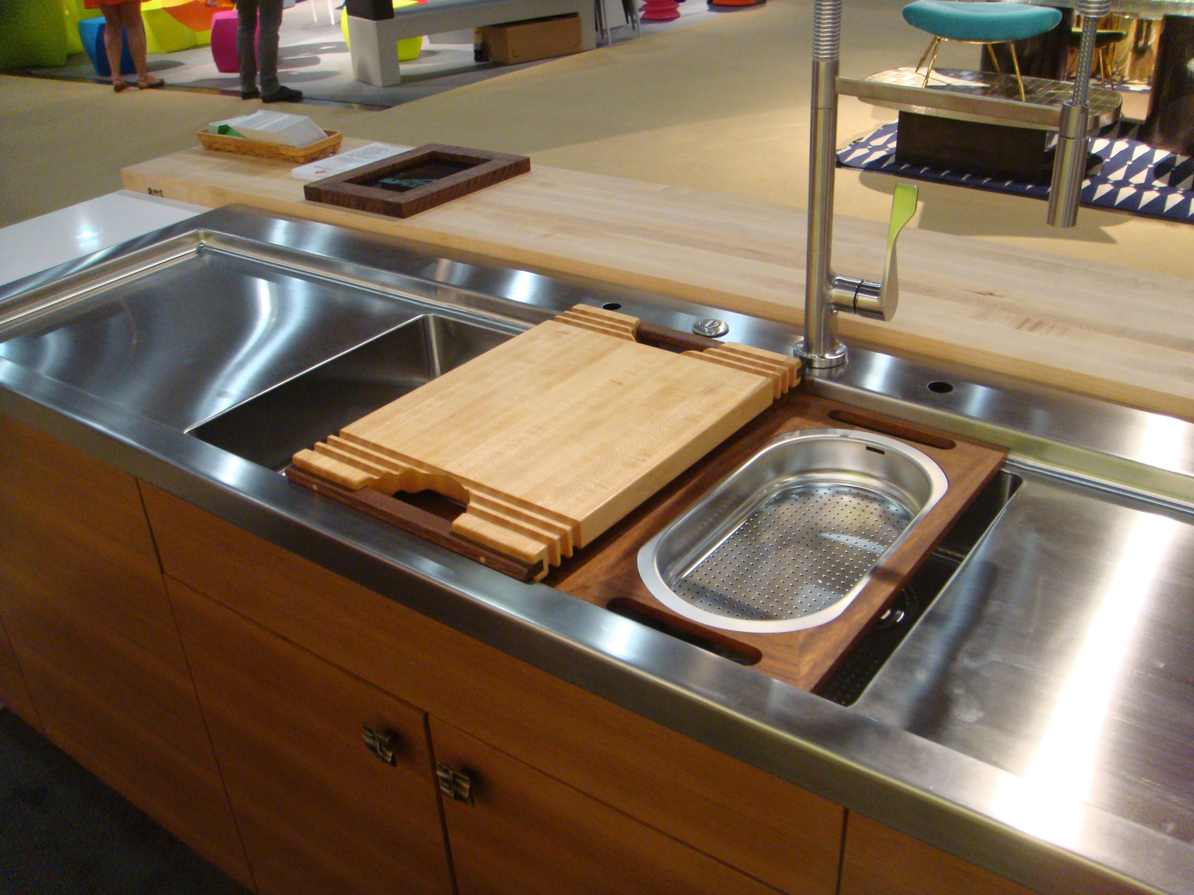 Stainless Steel Countertop With Integral Sink Sliding Cutting Board And Work Tray