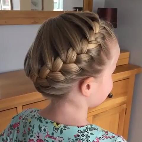 15 Penteados Rápidos Para Ficar Linda Todos Os Dias! - Haar - Hair Beauty