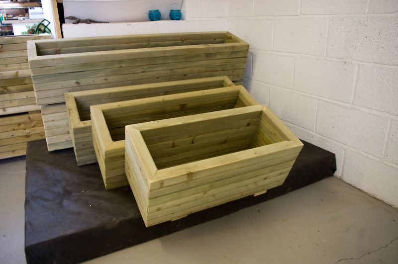 wooden trough planter ebay planters wooden trough. Black Bedroom Furniture Sets. Home Design Ideas