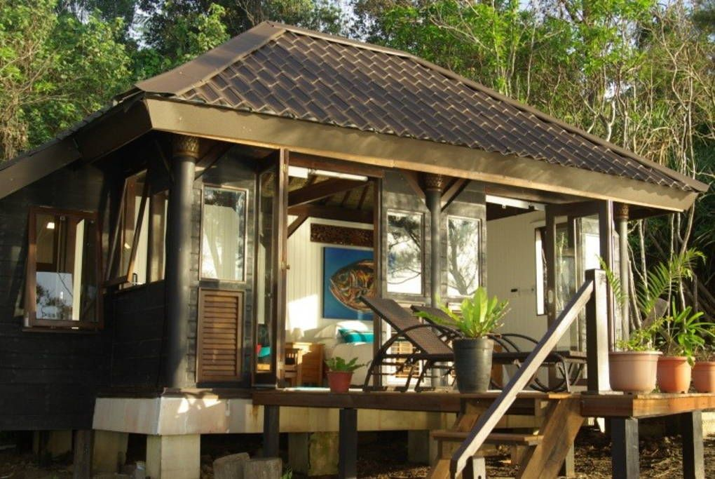 Barefoot luxury the Tip of Borneo Chalets for Rent in