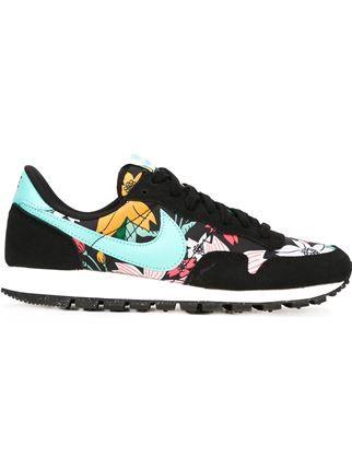 a8fa88a23f8 Nike  air Pegasus  83  Sneakers - Gallery Madrid - Farfetch.com ...