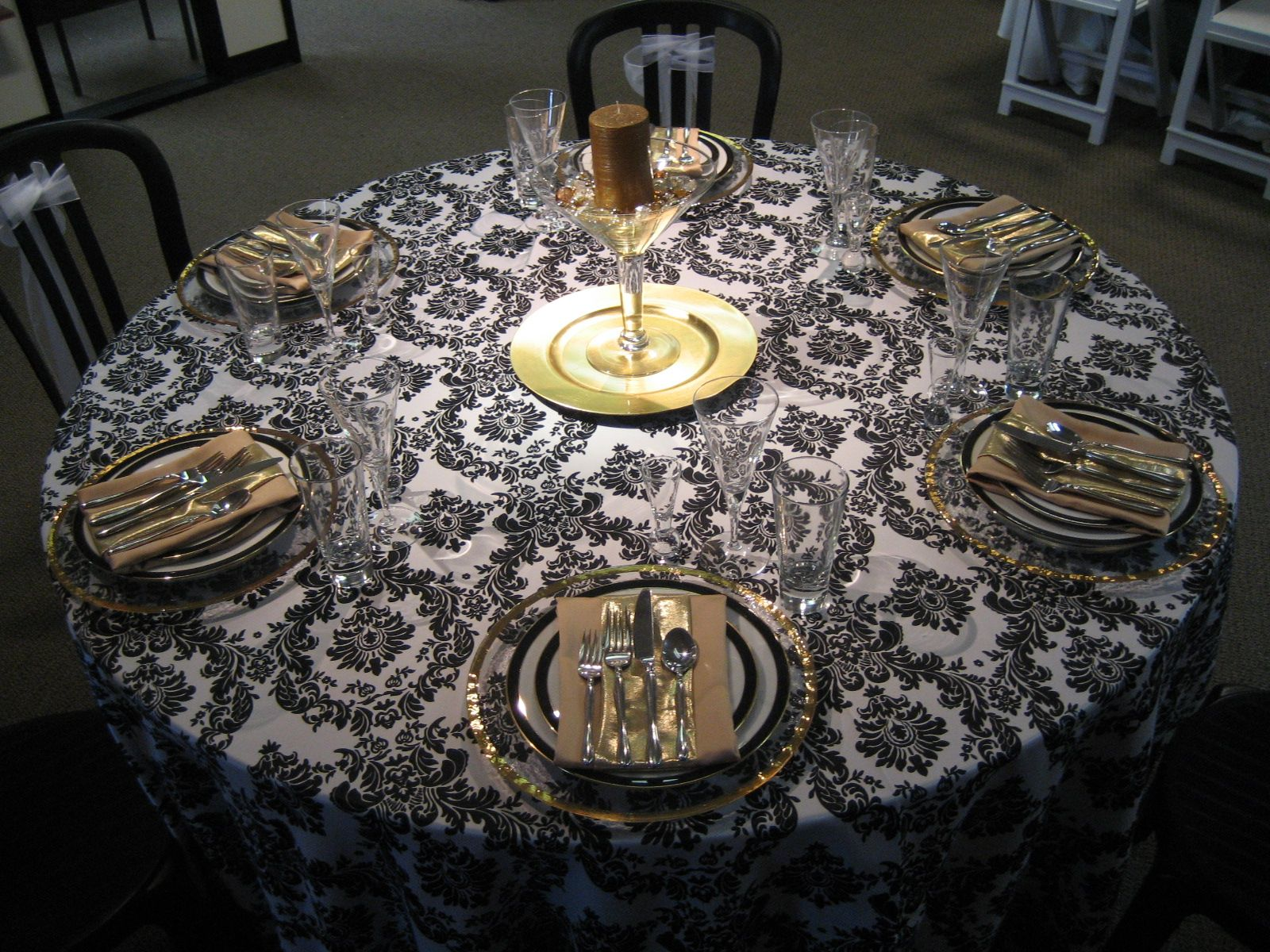 black and gold centerpieces black white and gold linen. Black Bedroom Furniture Sets. Home Design Ideas