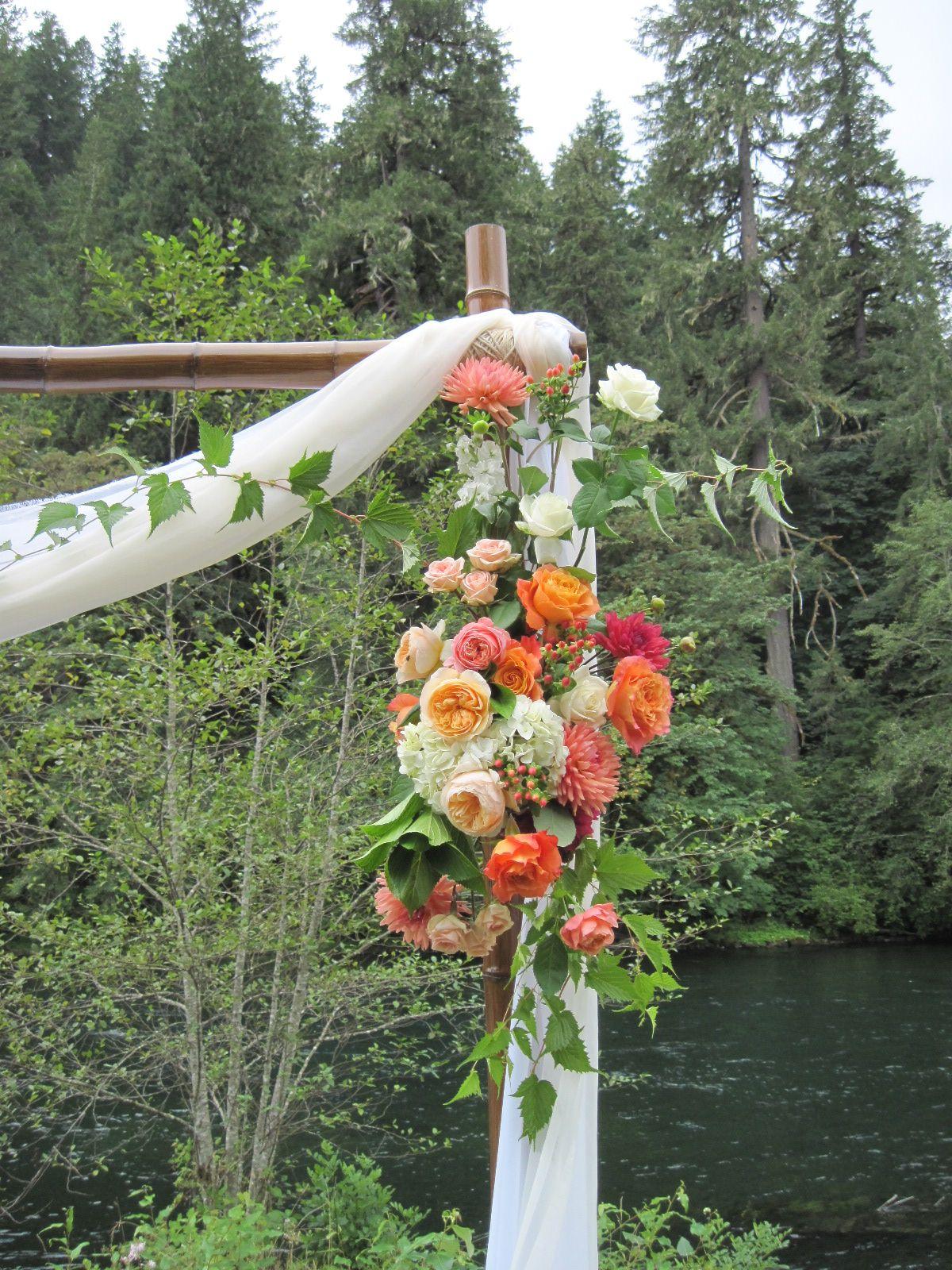 Pop Of Color By The River Lovely Altar Piece By Passionflower Design In Eugene Color Pop Floral Design Design