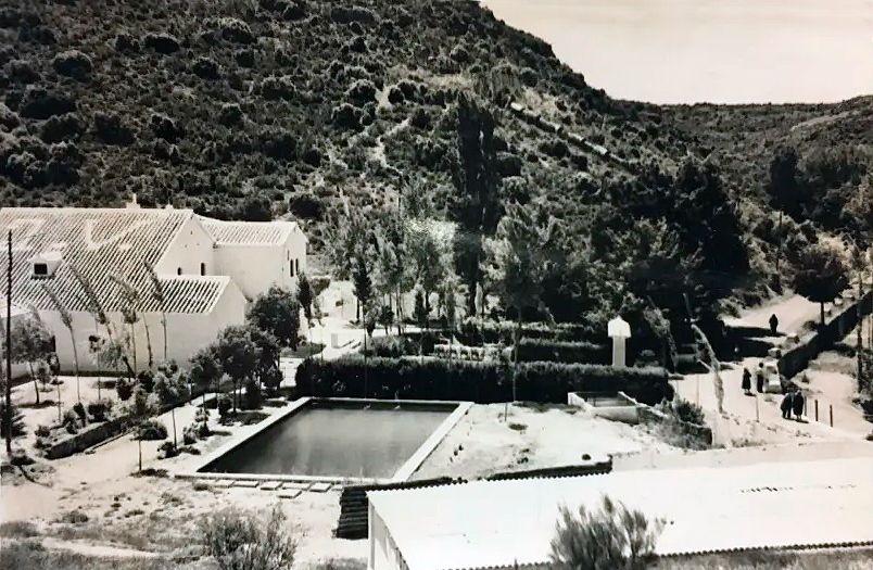 El Primer Hotel De Las Lagunas De Ruidera En 2020 Hotel