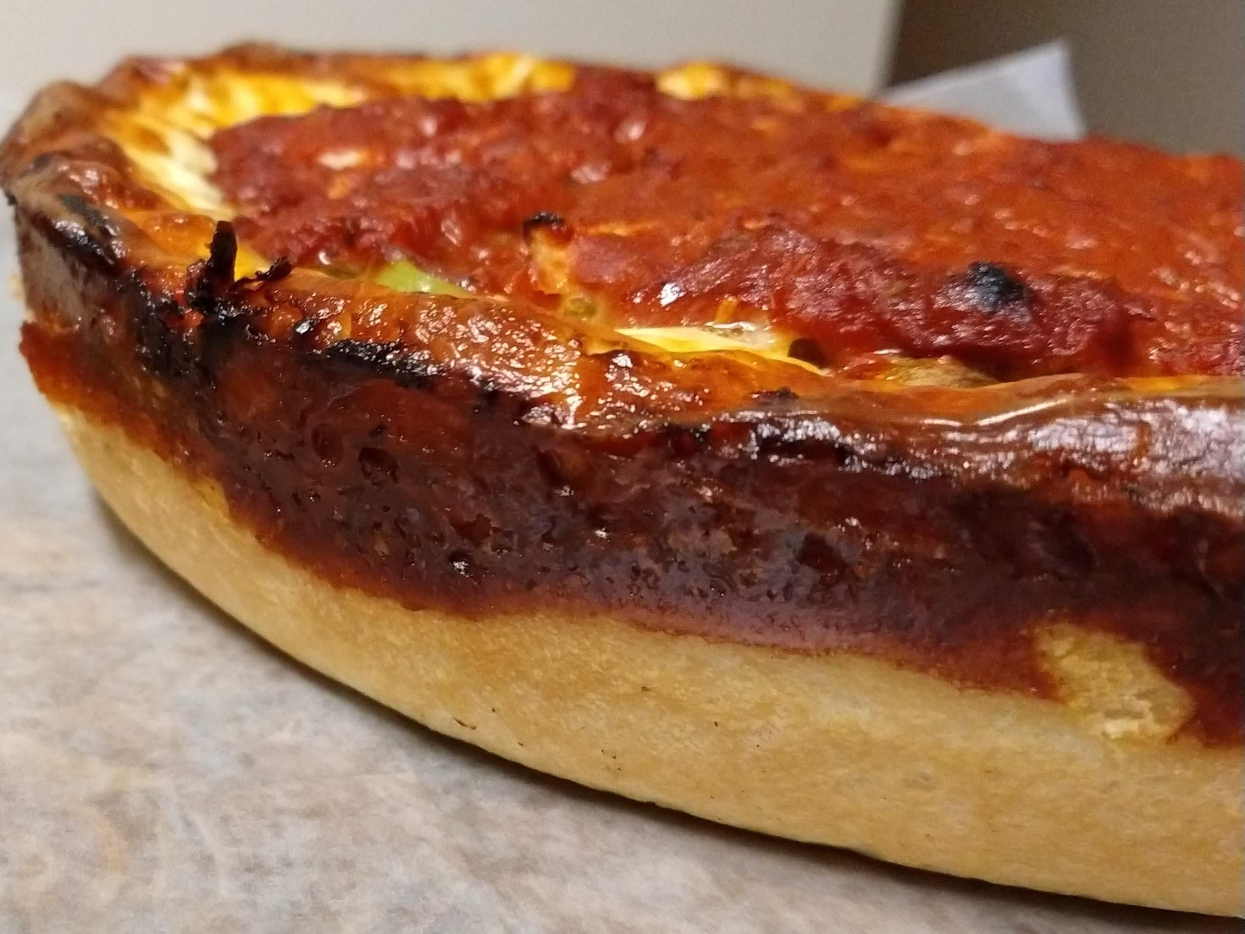 Deep dish with burnt cheese crust. #Pizza #Pizzas #food #foods