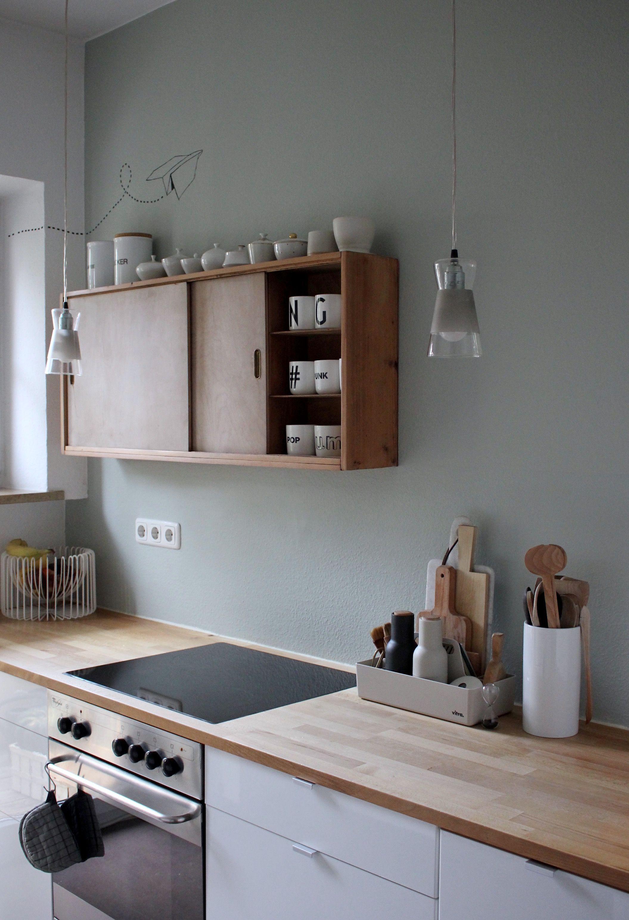 Salbei Mit Holz Tolle Kombination In Der Kuche Cuisine Moderne Cuisine Minimaliste Cuisine Appartement