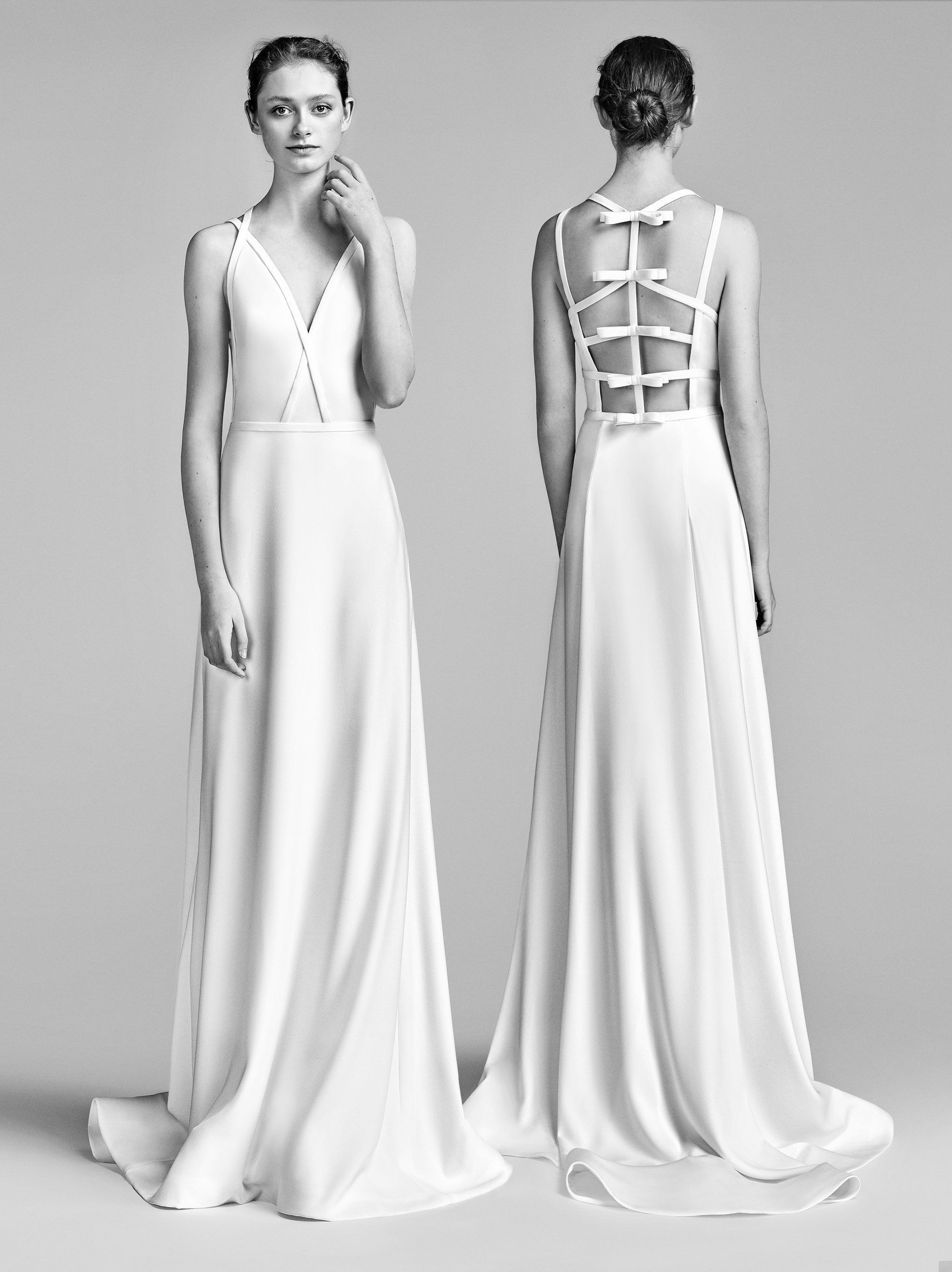 60b357b0a2d See the complete Viktor  amp  Rolf Bridal Spring 2018 collection. Bridal  Style