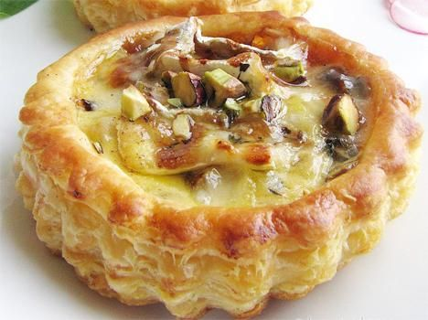 Camembert, Pears And Cranberries Pastry Recipe Video