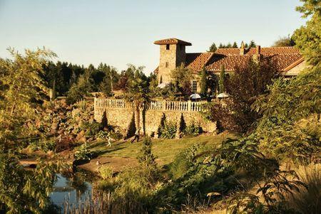 Villa Catalana In Oregon City Portland Area Outdoor Weddings
