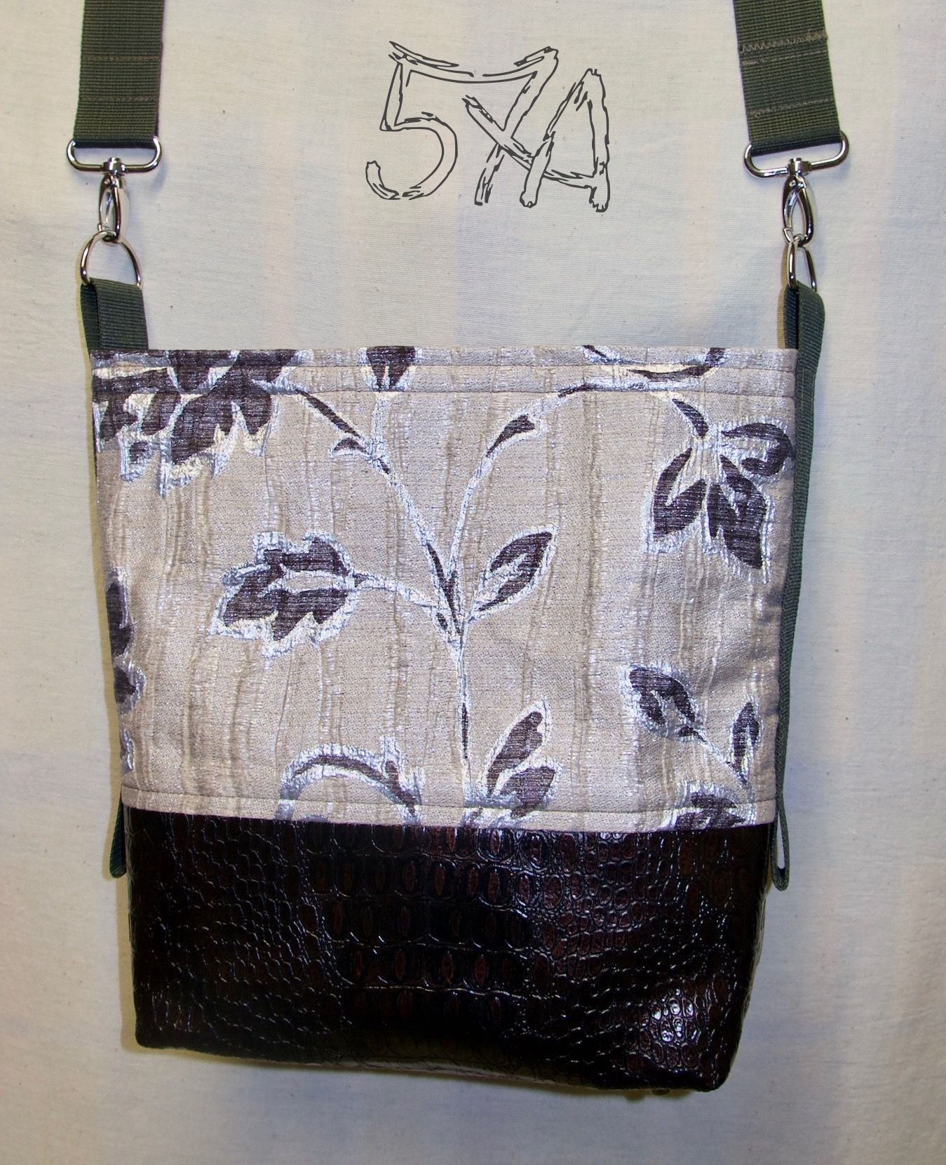 Die Tasche für jeden Tag in silber