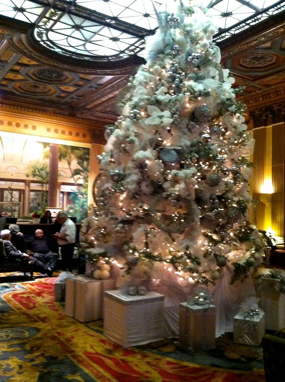 christmas decorations to suit the scale of the millennium biltmore hotel in downtown la zippertraelcom digital edition