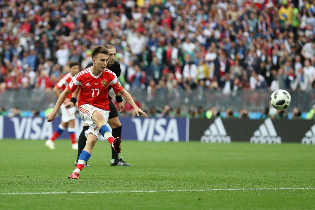 Soccer  Aleksandr Golovin to be Chelseas 1st summer signing -      Chelsea &Aleksandr Golovin  Huge news was dropped on Thursday night regarding Juventus Chelsea andAleksandr Golovin.  According to multiple reports Chelsea have made significant moves to signGolovin from CSKA Moscow.  Goal.comsNizaar Kinsella who is known for his excellent links to Chelsea believes thatGolovin to Chelsea transfer is basically a done deal.  Hes reported that Golovin will be Chelseas first signing of the summer.  Golovin will be Chelseas first signing of the summer. #CFC   Nizaar Kinsella (@NizaarKinsella) June 28 2018  Chelsea are in pole position. Juventus appear to be the back up option they seem to have come in quickly with Juve in talks for weeks. CSKA been impressed with #CFCs approach   Nizaar Kinsella (@NizaarKinsella) June 28 2018  Moreover Italian journalistFabrizio Romano has also confirmed Chelseas interest in Golovin.  Chelsea have started talks for #Golovin from CSKA Moscow. Juventus dont want to make a new bid for the Russian.  @DiMarzio #CFC #transfers #Chelsea   Fabrizio Romano (@FabrizioRomano) June 28 2018  How much willGolovin cost Chelsea?  Nizaar Kinsella reports that CSKA Moscow are looking for 30 million euros forGolovin.  The 22-year-old is under contract with CSKA Moscow until 2021. Last season Golovin contributed seven goals and six assists in 43 matches for CSKA.  What about Juventus?  During the World Cup the Italian press have been talking up the possibility of Juventus signingGolovin.  However according to Fridays headlines in Italy Juventus now seem to be closing in on Serbian attacking midfielderSergej Milinkovic-Savic.  Savic who is currently at Lazio has also been linked to Man United.  Yet Juve now seem in pole position to complete the SMS deal.  Lazio want north of 100 million euros forMilinkovic-Savic.  Prima pagina #CorSport pic.twitter.com/VeVC4Mt64G   Giovanni Capuano (@capuanogio) June 29 2018  Prima pagina #Tuttosport pic.twitter.com/pMW2YfB57