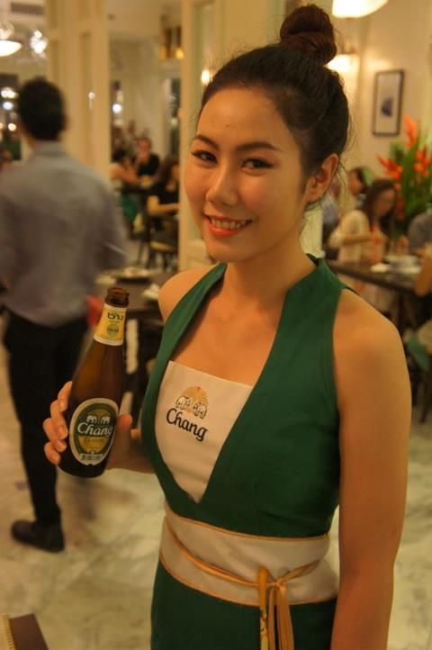 Girls phuket thailand Phuket Nightlife