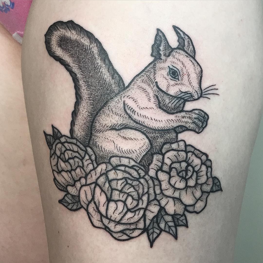 Squirrel Em16 Com Book Drawing Brooklyntattoo Tattoo Tattooart Art Lines Linework Finelines Artist Blacktattooart Tattoos Black Tattoos Art Tattoo