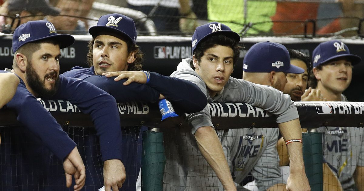 Yelich watches helplessly as Brewers fall short again
