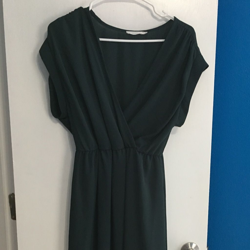 Deep vneck dress products