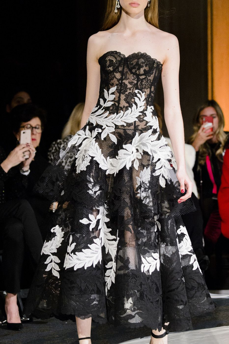 Oscar de la renta fall rtw gowns oh such beautiful gowns