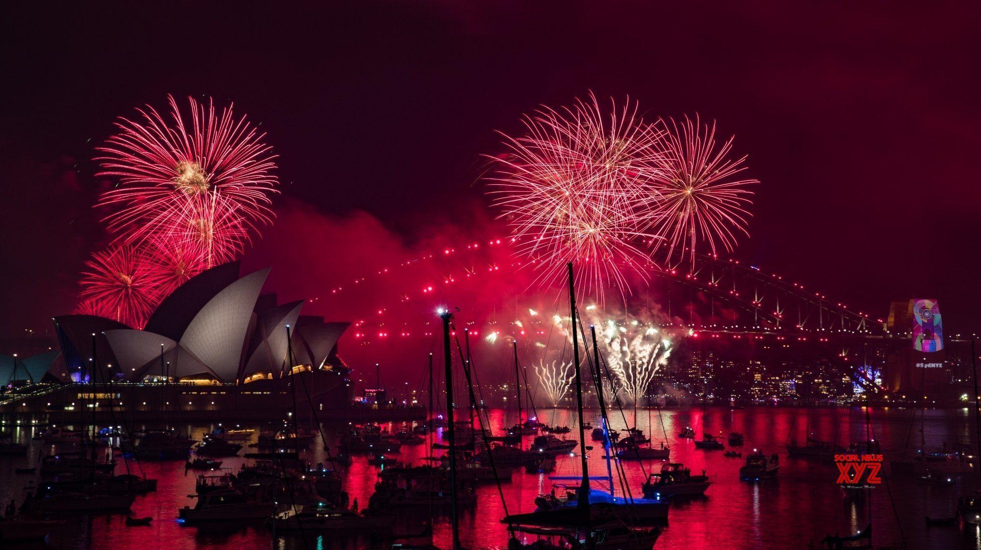 Australia Sydney New Year Eve Firework Gallery Social News Xyz New Years Eve Fireworks Fireworks New Years Eve