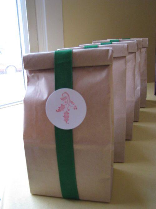 Handmade Baked Goods Presentation Idea - Handmade Christmas Gifts
