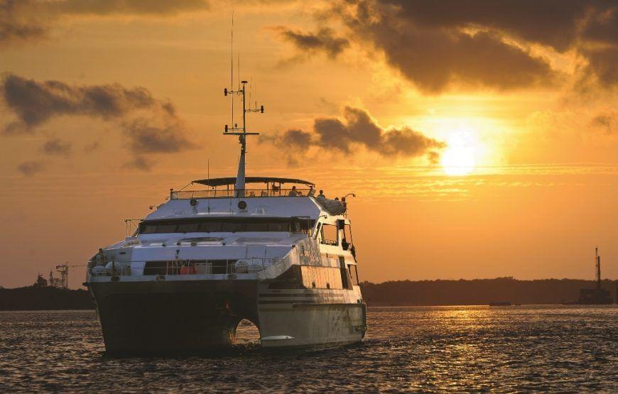 Sunset Dinner Cruise Benoa Harbour Dengan Gambar Bali Indonesia Bali Indonesia