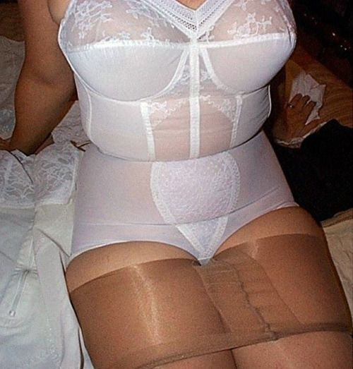 Girdle Pantyhose Mature Video