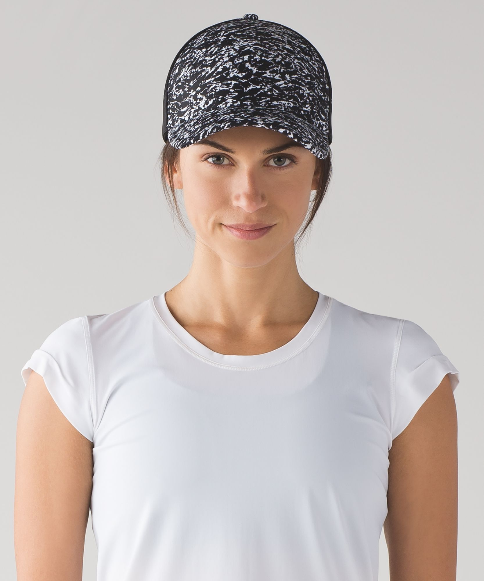 28242d9f Women's Sports Cap - (iced wave white black/black) - Dash And Splash ...