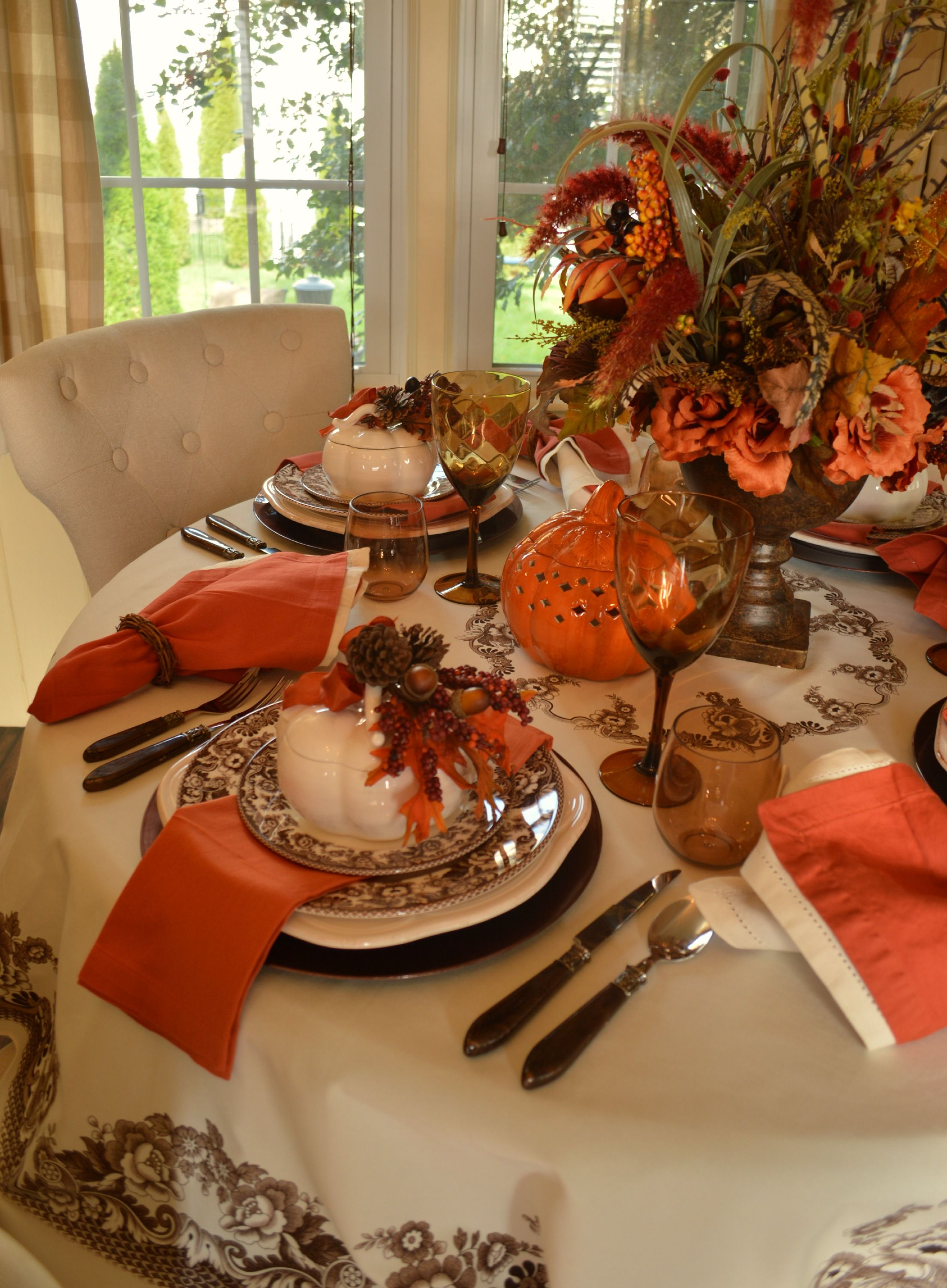 Thanksgiving Table Inspiration Fall table settings