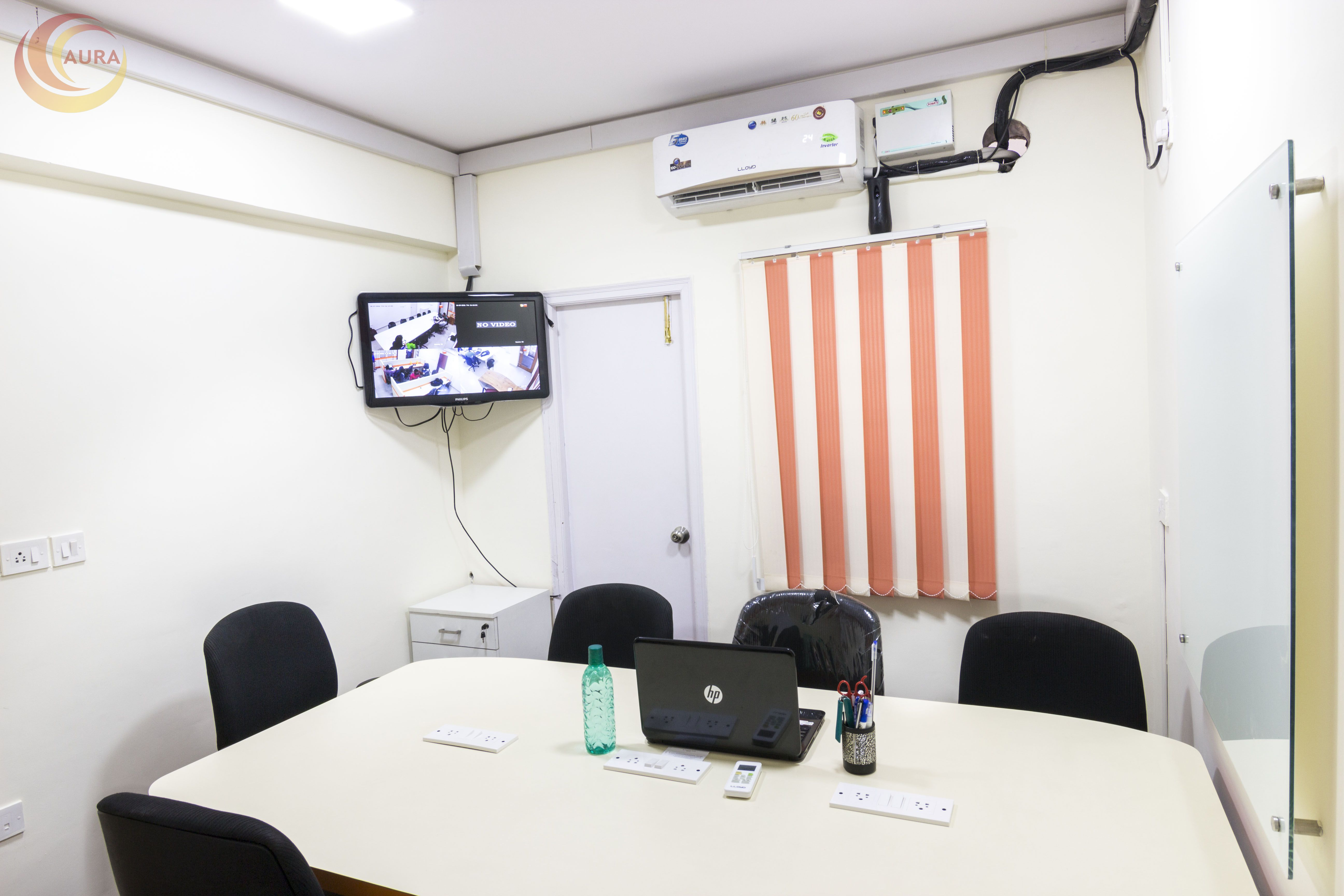 Comfortable And Spacious Meeting Room For 8 Members At A
