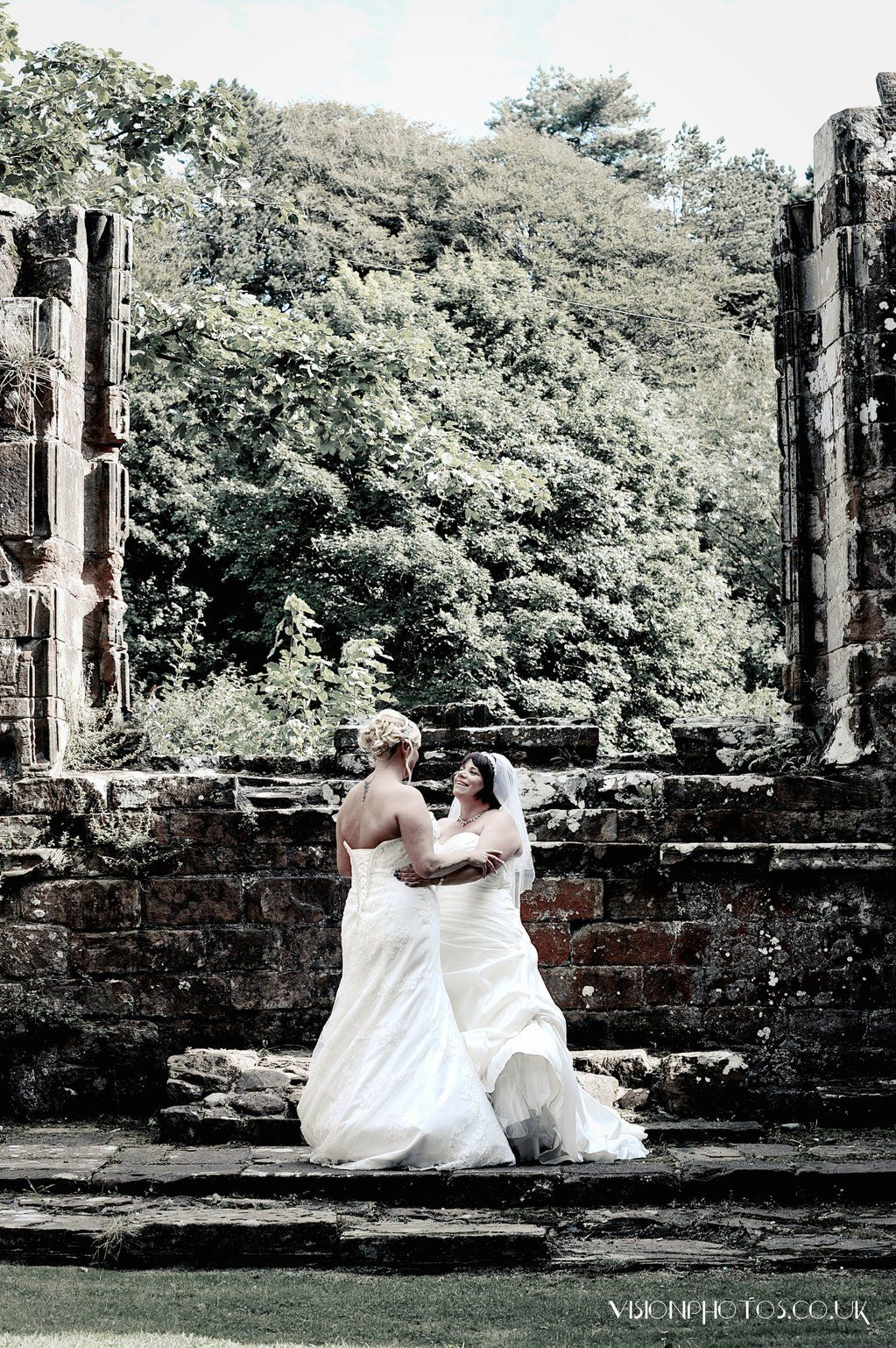 "Vision Photography on Twitter: ""Beautiful wedding @AbbeyHouseHtl The lovely Debbie and Alison got married. @LesbianWeddingI @GayLesbianWeb  #wedding https://t.co/GafpYLuMcX"""