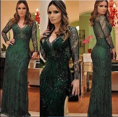 Vestido verde musgo de renda