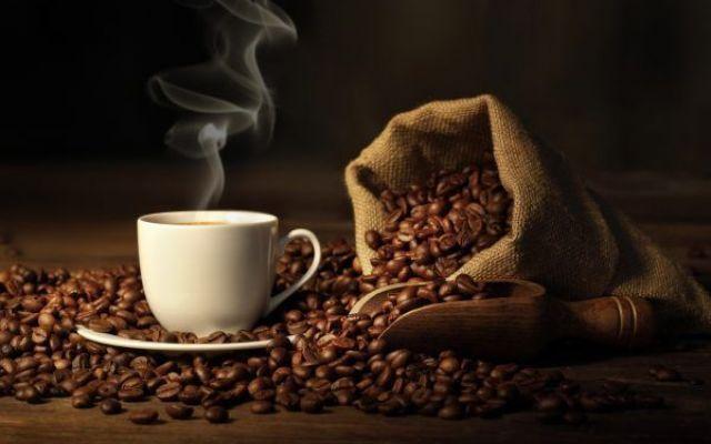 Il caffè non ha effetti cancerogeni. A meno che non sia bollente! L'Organizzazione Mondiale della Sanità (OMS) ha dichiarato forte di una revisione di pi&u cancro oms tumori bevande