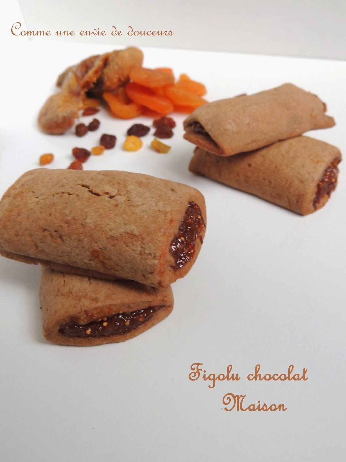 Comme une envie de douceurs: Kangos maison tout chocolat & Figolu / Biscuits filled with chocolate or fig