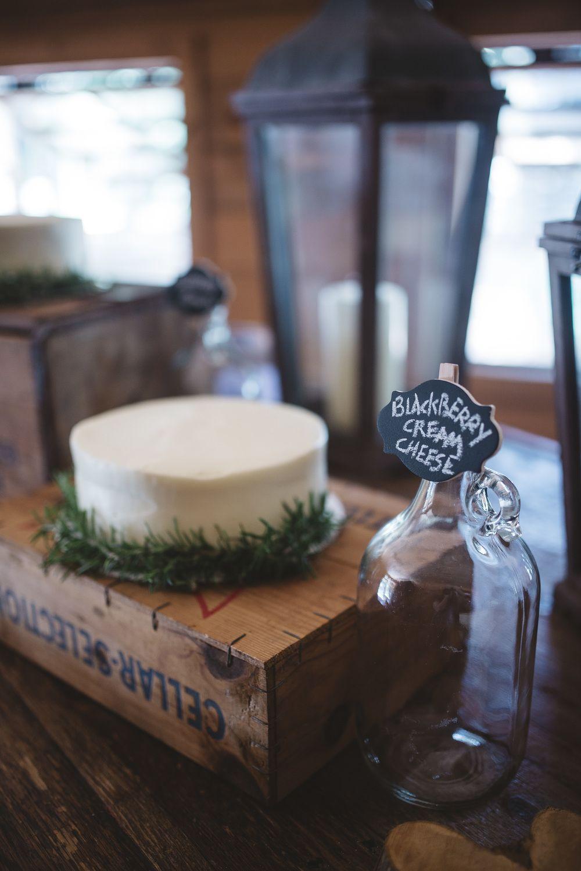 Hannah & Ben // DeStarte' Bed, Breakfast & Event Barn Wedding — Samantha Floyd Photography #eventingbarn