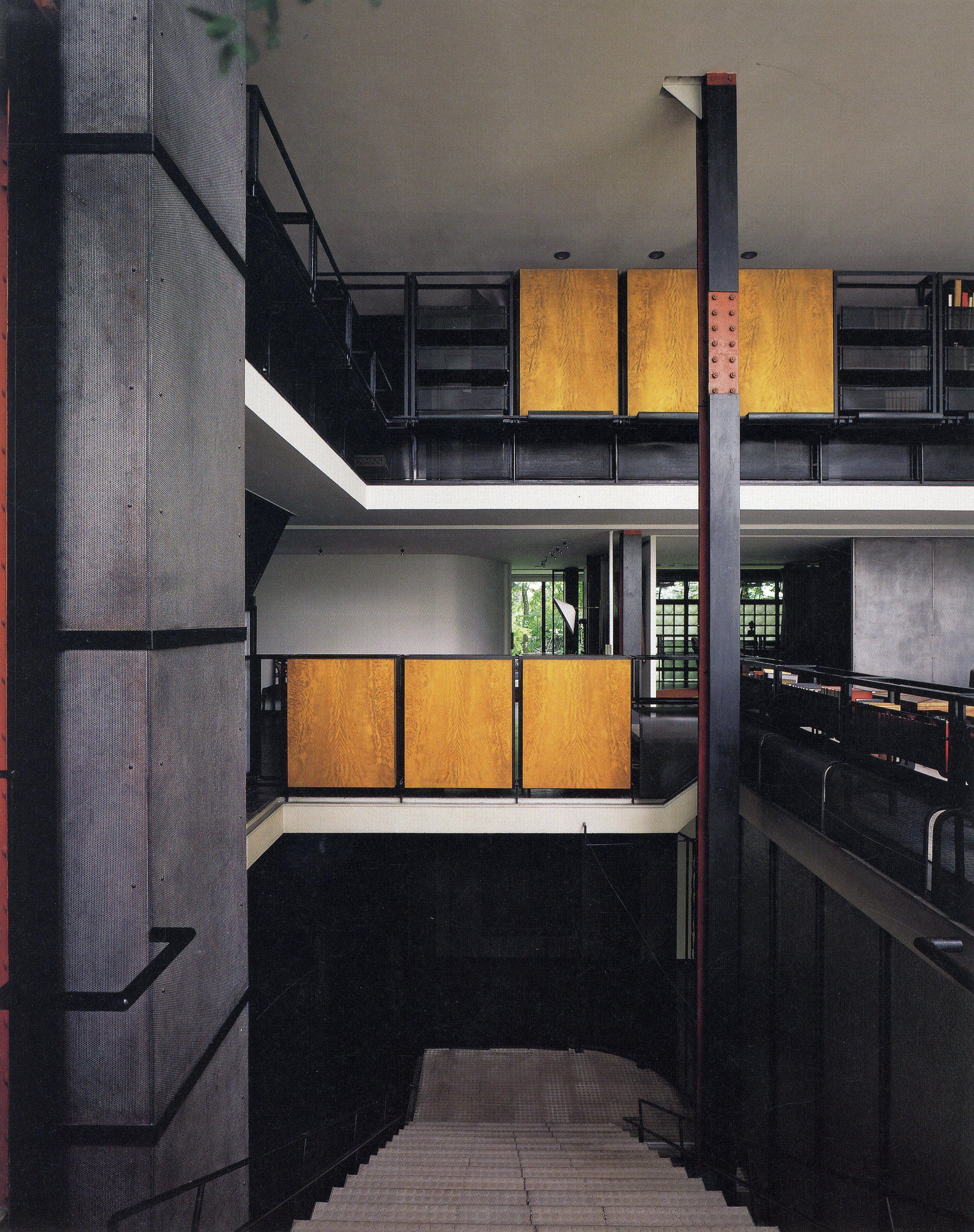 Pierre chareau 39 s maison de verre built in paris in 1928 - Maison de verre paris visite ...