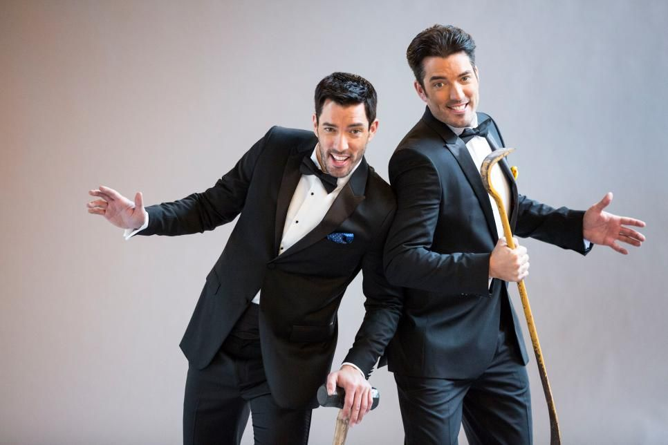 It's a Vegas-Themed Showdown! Behind the Scenes at the BVB Promo | Brother Vs. Brother on HGTV | HGTV