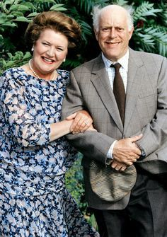 Schone Schijn Keeping Up Appearances British Tv Comedies