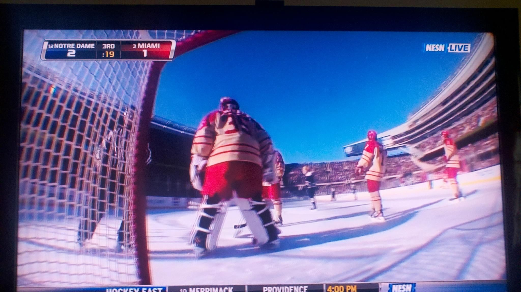 Outdoor college hockey at Soldier Field - Miami (OH) vs ...