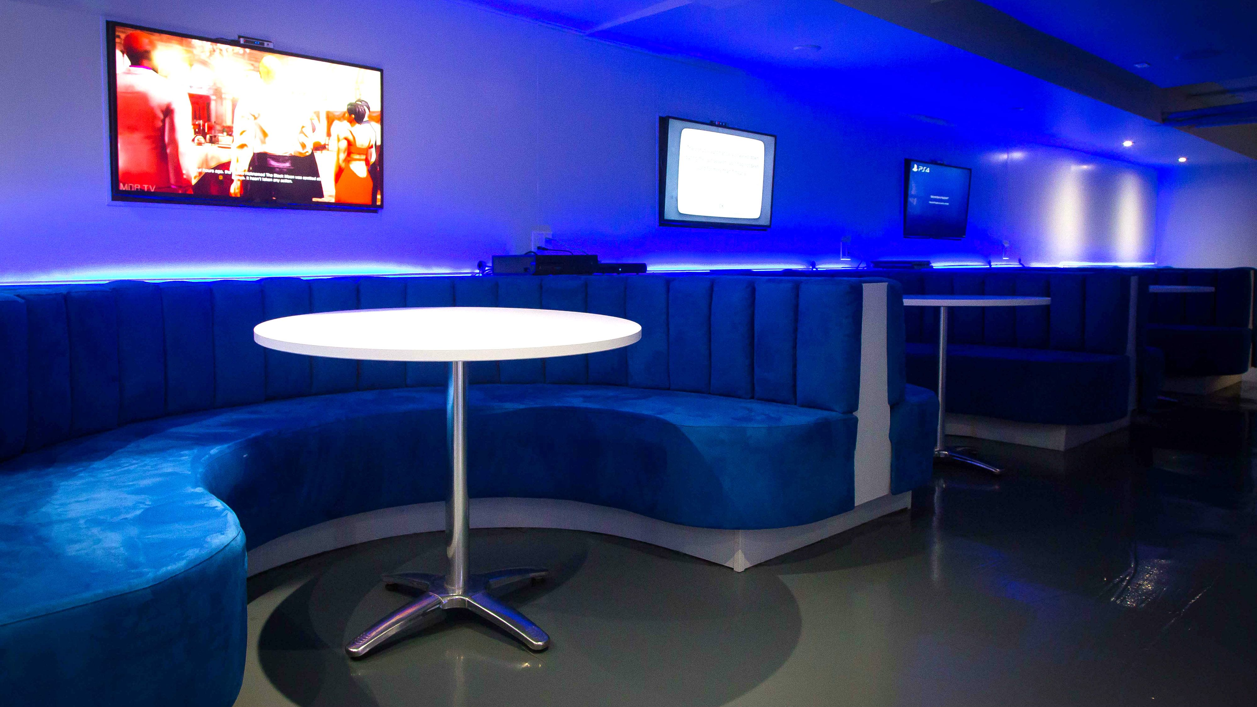 A New Gaming Bar Is Now Open In Toronto Home decor