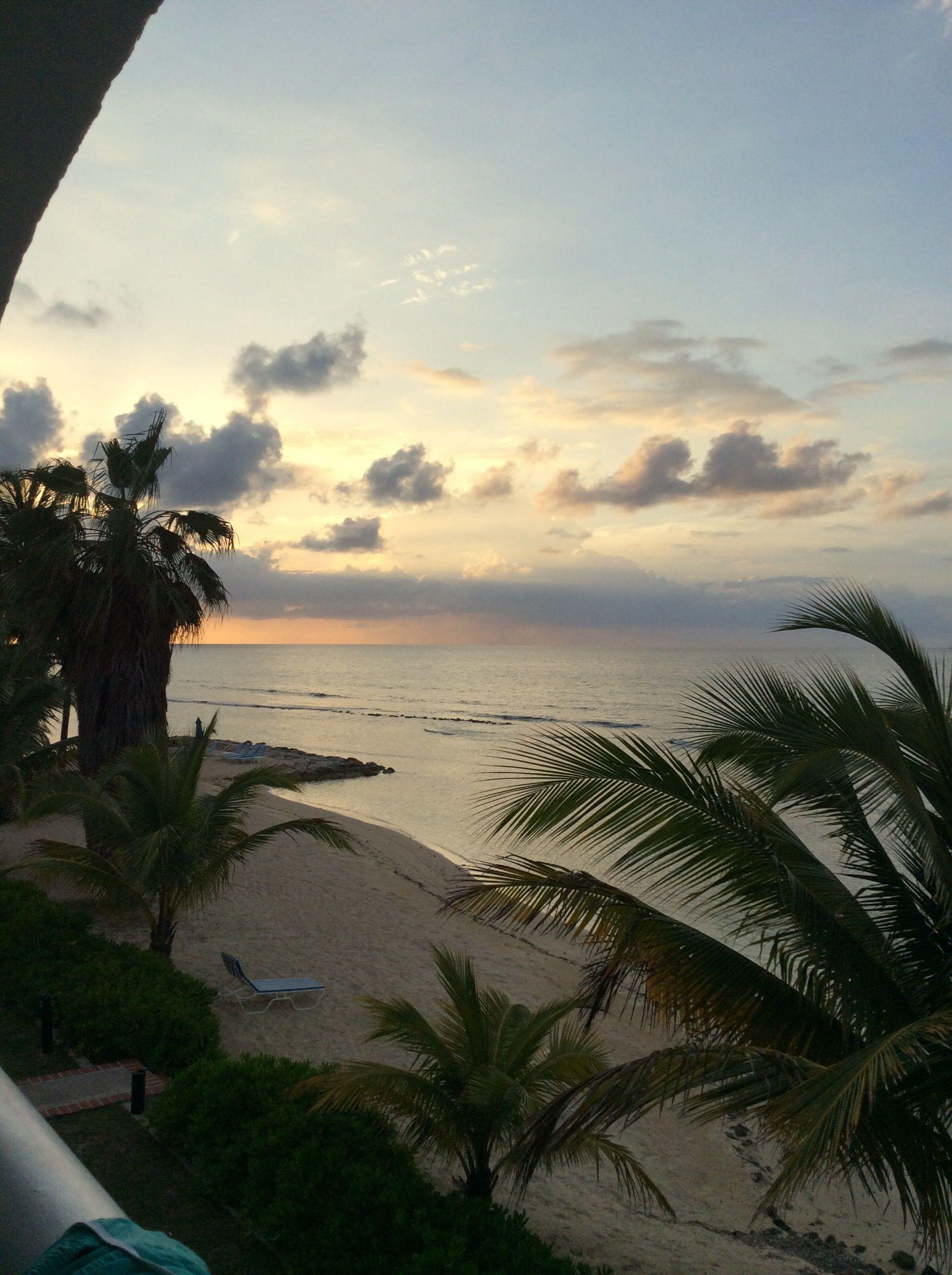 Half moon, Jamaica