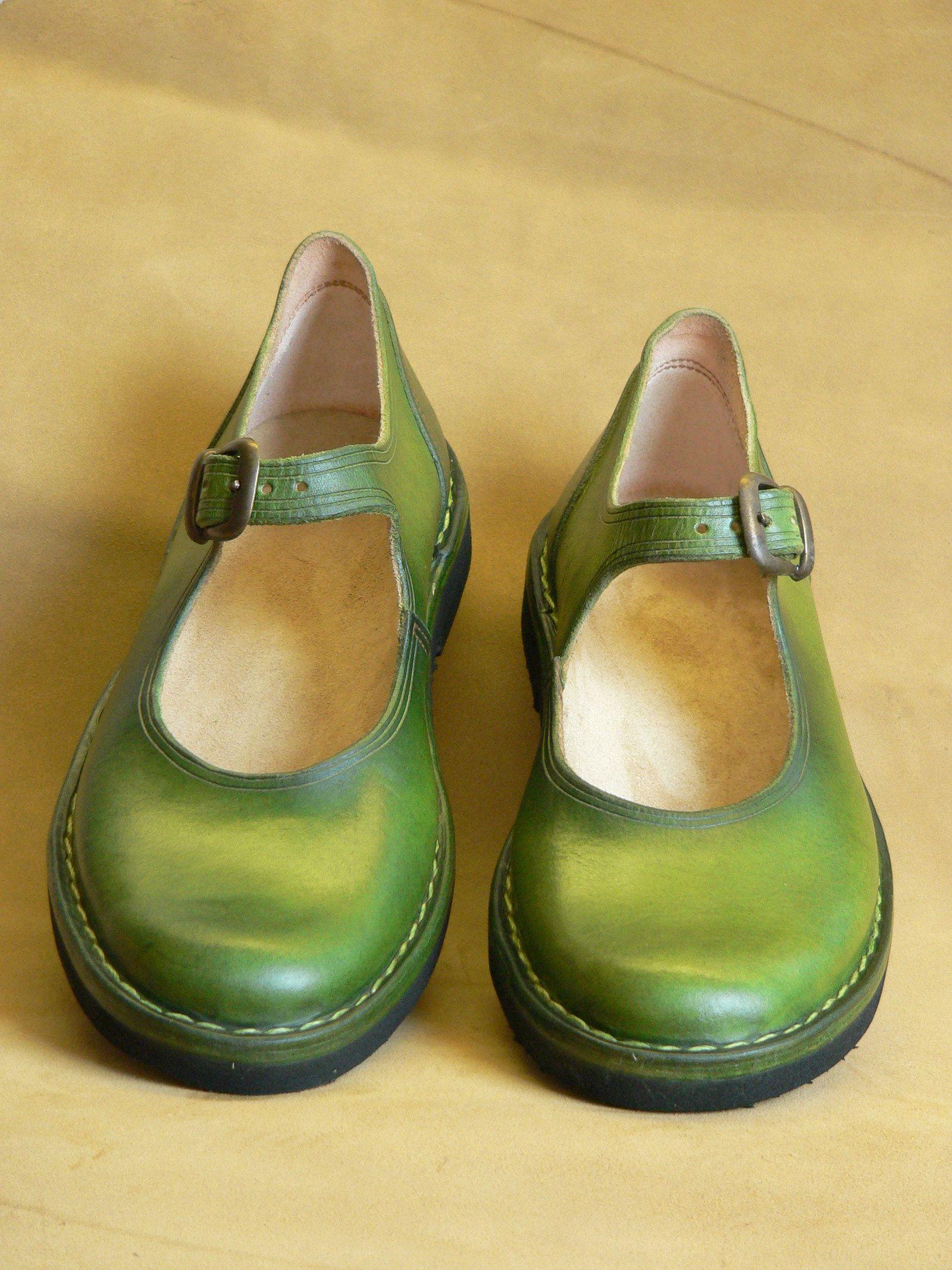 Holčičky  Z mechu a kapradí Pohodlné ručně šité kožené boty. Letní dámská  obuv svěží 2398b0be08