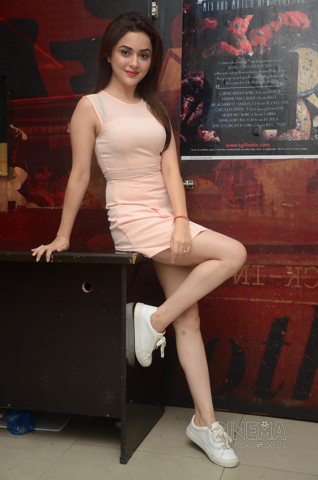 Ragini Nandwani 038 Mini Dress Indian Tv Actress Fashion