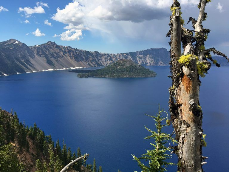 A guide to things to do at Crater Lake National Park #craterlakenationalpark A guide to things to do at Crater Lake National Park - we12travel.com #craterlakenationalpark A guide to things to do at Crater Lake National Park #craterlakenationalpark A guide to things to do at Crater Lake National Park - we12travel.com #craterlakenationalpark