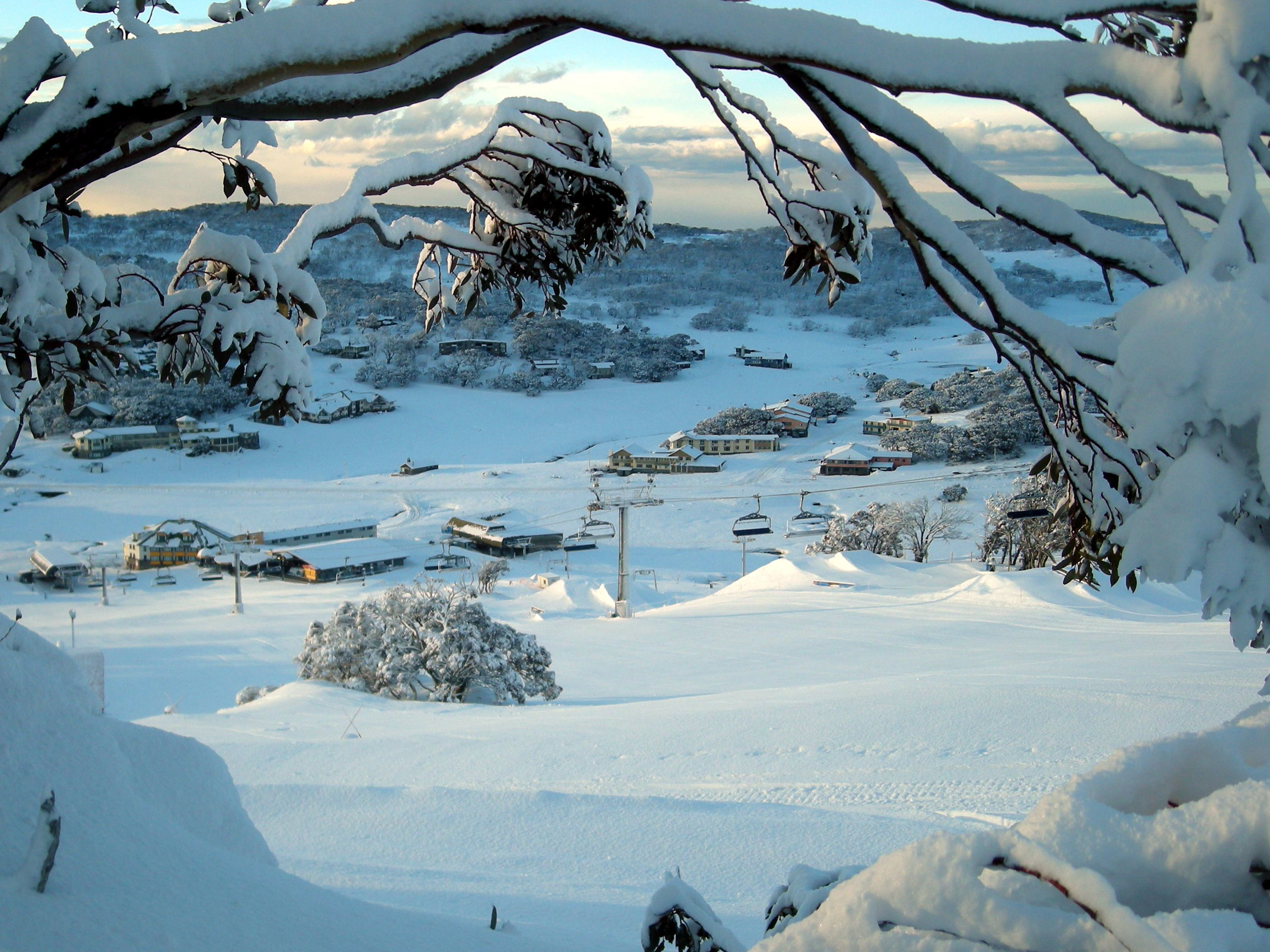 Perisher Blue Ski Fields, New South Wales, Australia - Where I fell in love with snowboarding