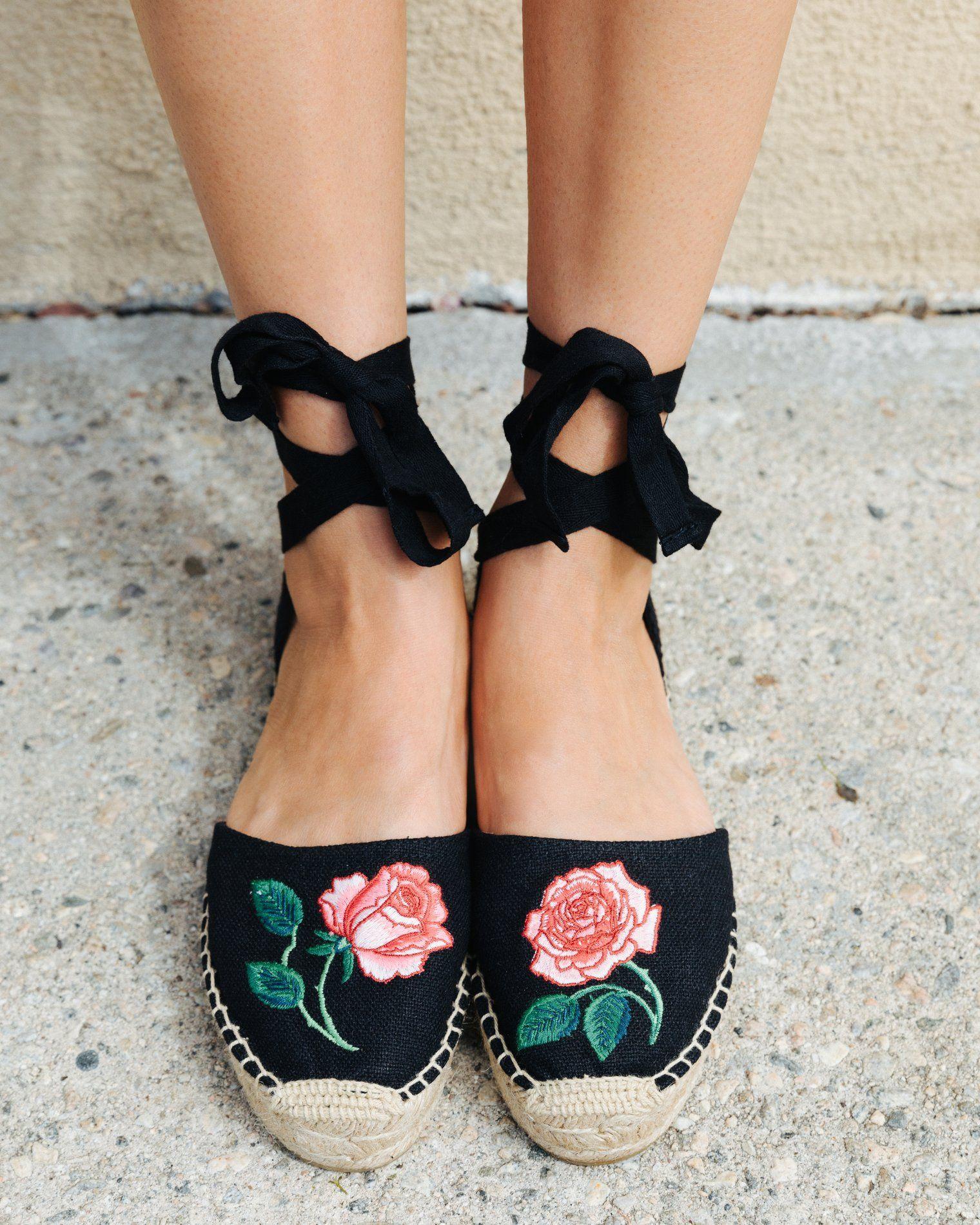 91e28c297f8 Vogue 125 Embroidered Sandal