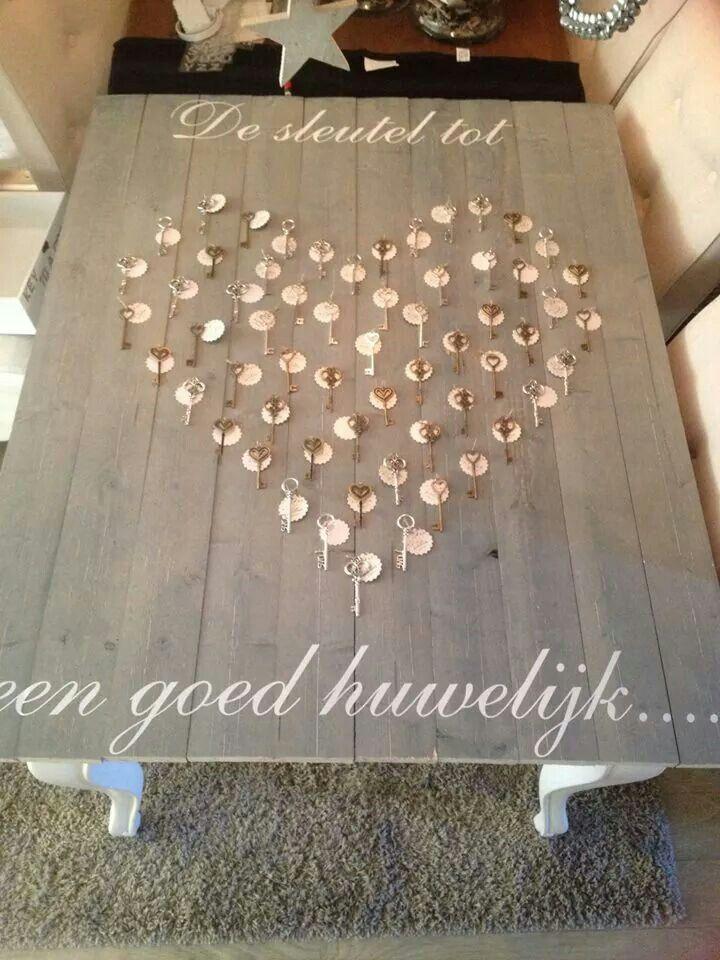 Gastenboek idee bruiloft idee n pinterest gastenboek for Decoratie bruiloft zelf maken
