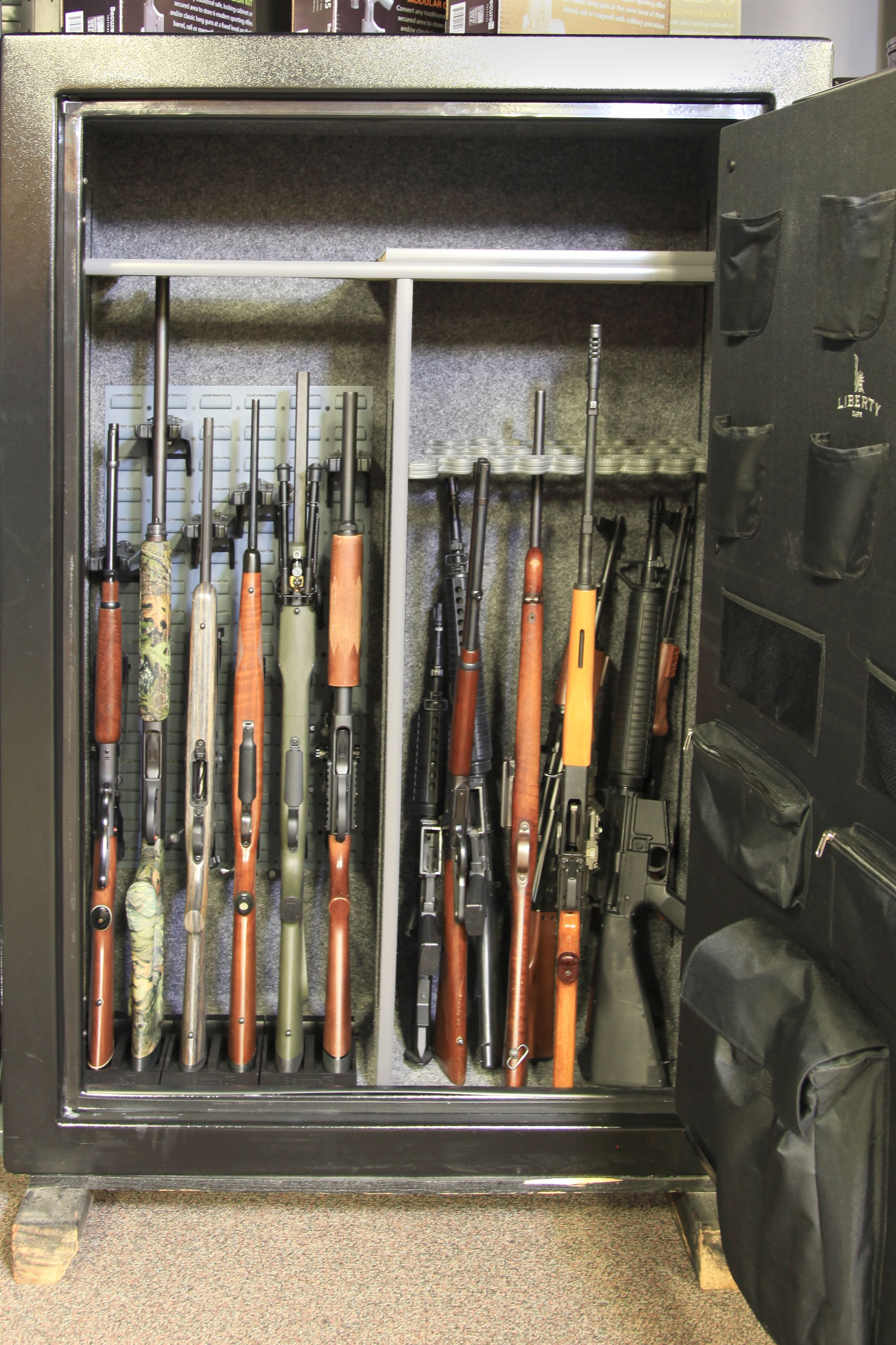Pin auf gun safe