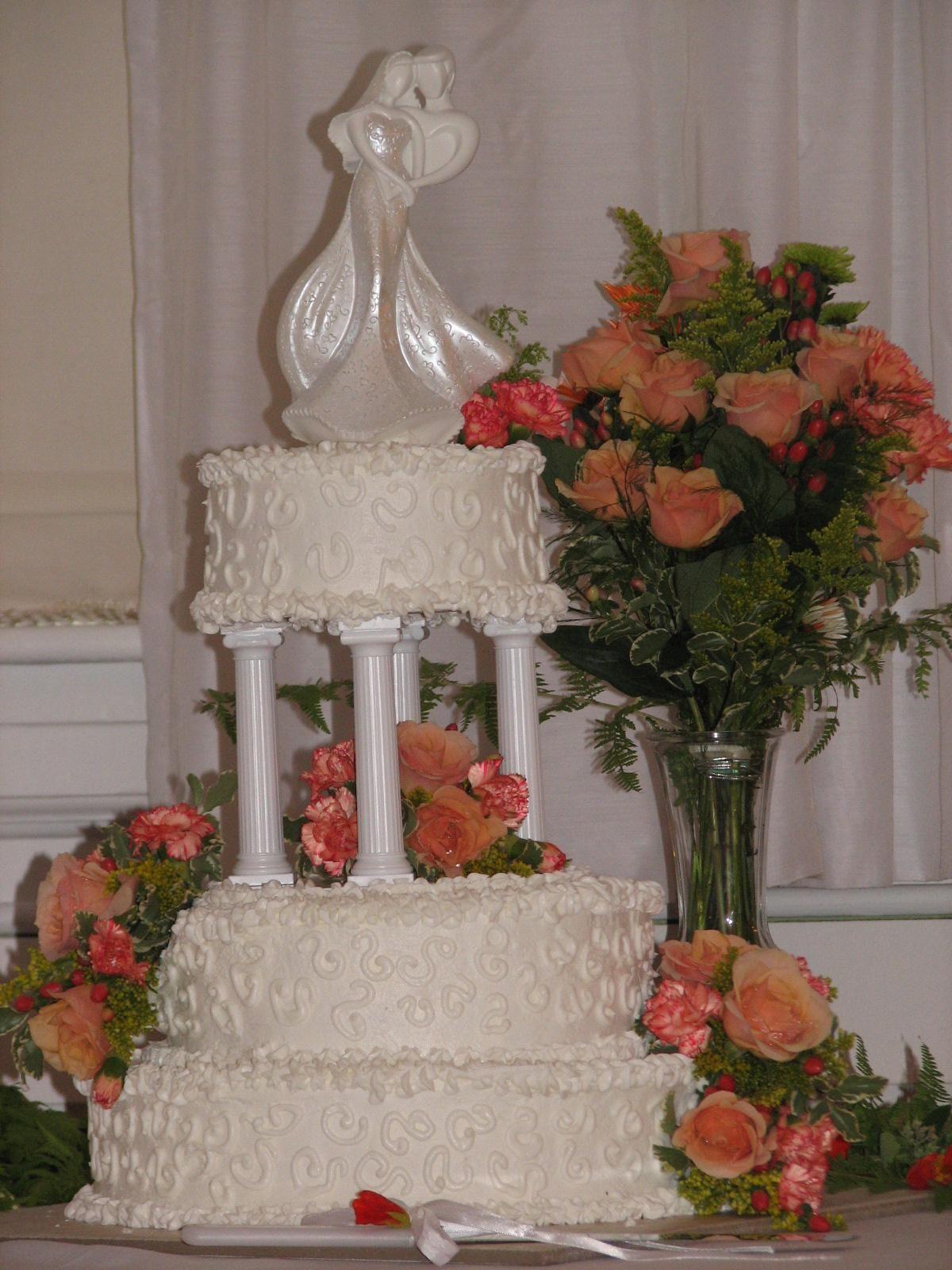 Cake I made for my sons wedding / Log Cabin Baker
