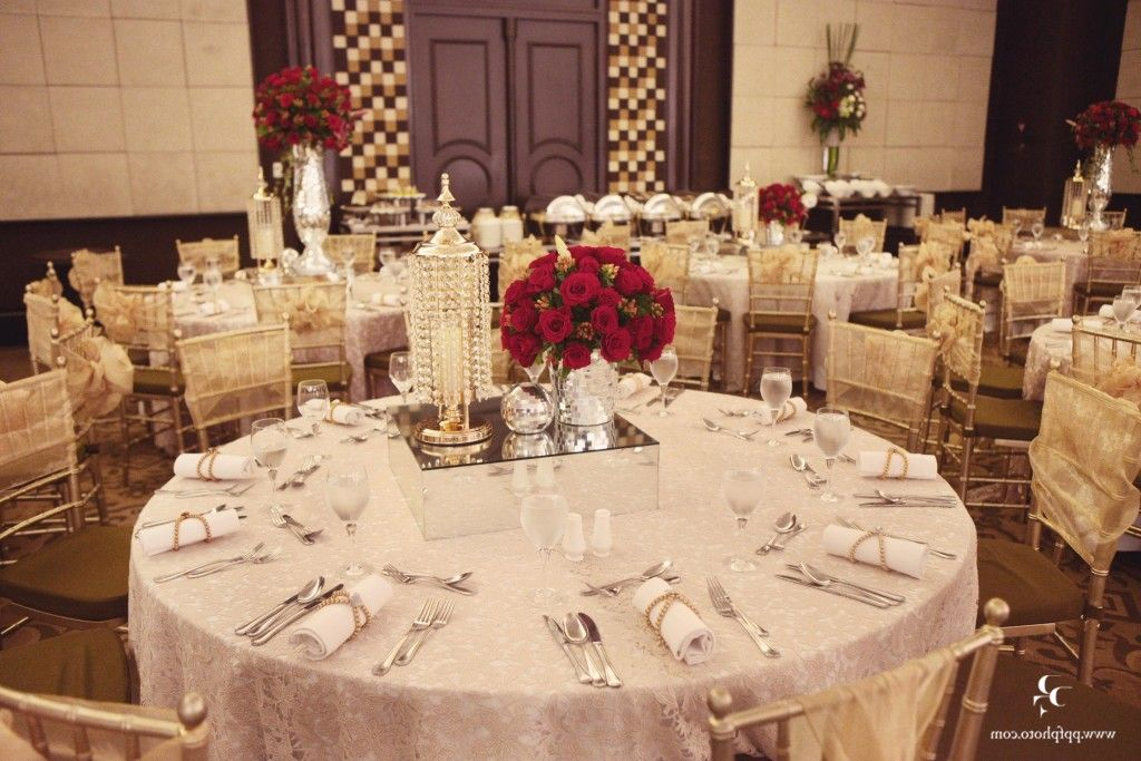 red and white and gold wedding theme Decor Ice Fantacy