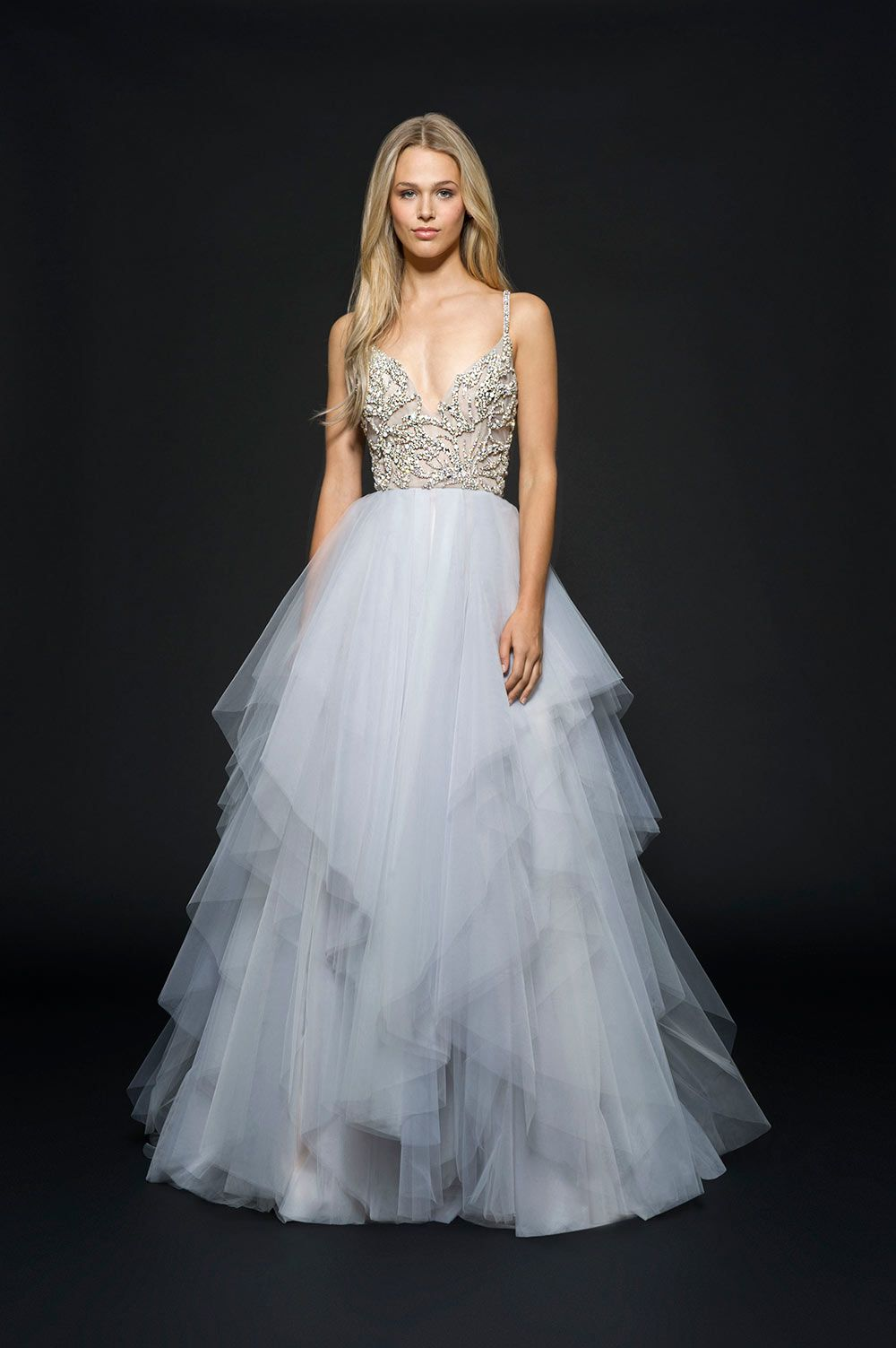 Stylish Silver Wedding Dresses for Modern Brides | Vestidos novia ...