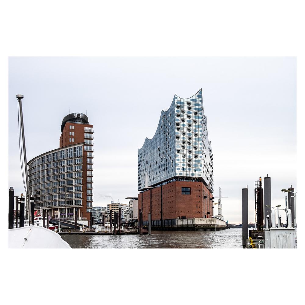 Elbphilharmonie Picture Gallery In Hamburg Germany Herzog Amp De Meuron S Elbphilharmonie Hamburg Germany A 2017 Winne In 2020 Winter Travel Trip Willis Tower